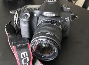Canon 70D DSLR Kit - Memory Cards, Batteries, Carrying Case, Two Lenses, More for Sale in Austin, TX