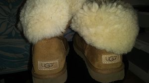 Size 7 and 8 uggs for Sale in Portland, OR