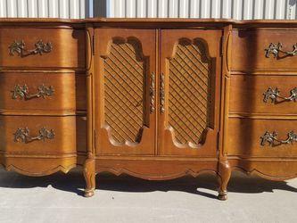 Vintage Bedroom Set for Sale in Fresno,  CA
