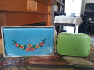 Vintage pill bottles and manicure set.both new for Sale in Salinas, CA