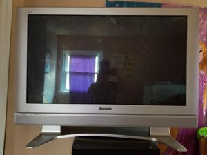 Panasonic 42in plasma tv for Sale in Batsto, NJ