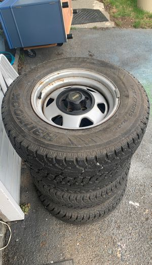 4 Jeep wheels and snow tires for Sale in Seattle, WA