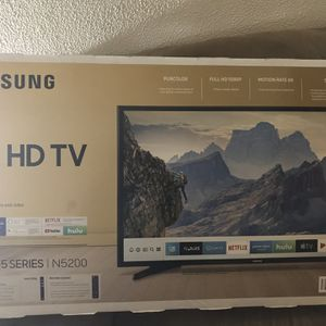 40 Inch 5 Series Samsung Tv for Sale in Aurora, IL
