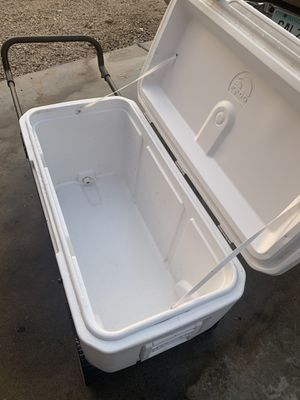 Igloo cooler for Sale in Phoenix, AZ