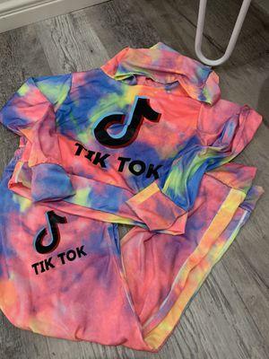 TIK TOK Set for Sale in Chula Vista, CA