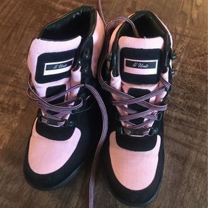 G Unit Pink Boots for Sale in Wenatchee, WA
