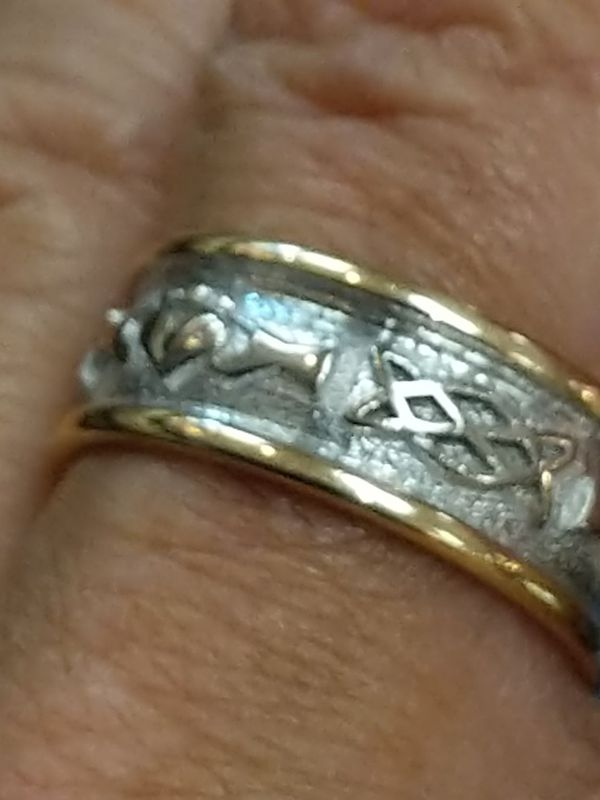 14K TWO TONED IRISH SZ 91/2 ring
