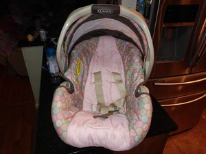 Graco babys car seat for Sale in Seattle, WA