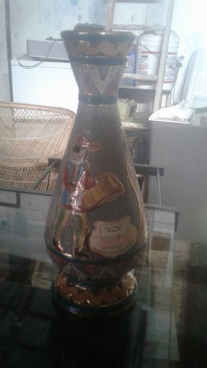 A masala wine. Product of Italy produced and hand painted in italy for Sale in Cardington, OH