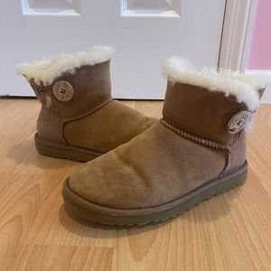 Ugg Boots for Sale in Great Neck, NY