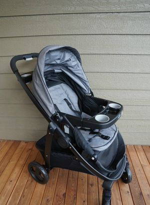 Graco modes travel system with infant seat for Sale in Portland, OR
