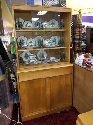 1950 MCM Heywood Wakefield compact china cabinet, design by W. Joseph Carr for Sale in Gulfport, FL