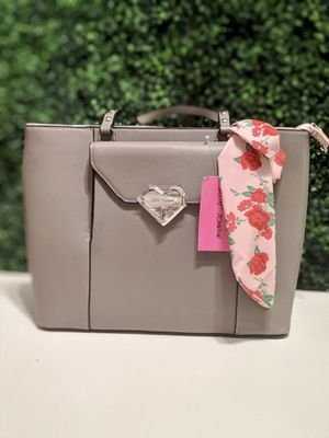 Authentic Betsey Johnson Gray Tote bag for Sale in Columbia, MD