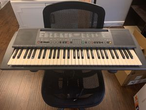 Yamaha PSR 300 61-key electric keyboard for Sale in Los Angeles, CA