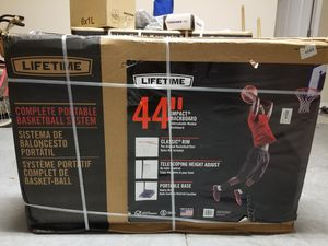 Basketball hoop system, portable for Sale in Orlando, FL