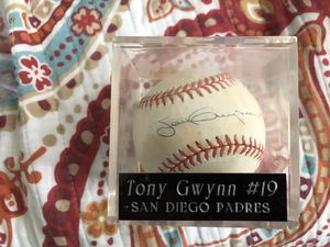 Tony Gwynn autographed ball with certificate of authenticity for Sale in San Antonio, TX