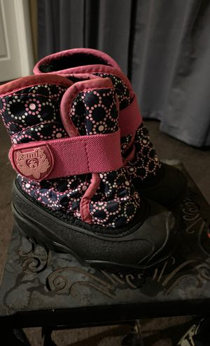 Kamik Girl Snow Boots for Toddler size 6 for Sale in Torrance, CA
