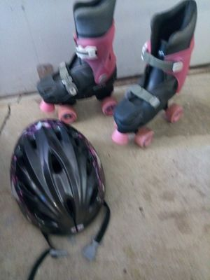 Child's Outside Skates & Helmet for Sale in Delaware, OH