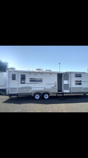 28 foot double slide door outback for Sale in Portland, OR