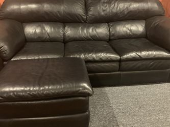 Black leather Sofa & Loveseat for Sale in Berlin,  NJ