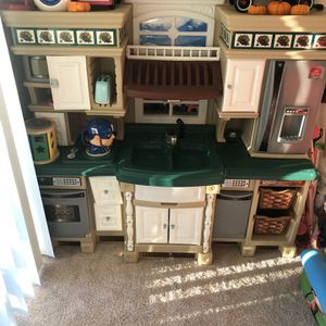 Girls Kitchen Toy for Sale in Sterling, VA