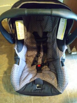 Baby Car Seat, No Base. for Sale in Des Moines, IA