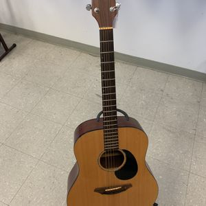 BreedLove Acoustic Guitar for Sale in Pflugerville, TX