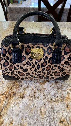 Hello Kitty purse for Sale in Oak Glen, CA