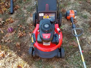 Lawn mower/trimmer combo for Sale in Warwick, RI