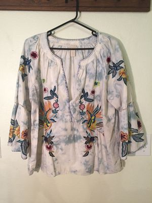 Chico's embroidered white and blue blouse for Sale in North Las Vegas, NV