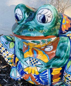 Frog flower pot for Sale in Cedar Park, TX