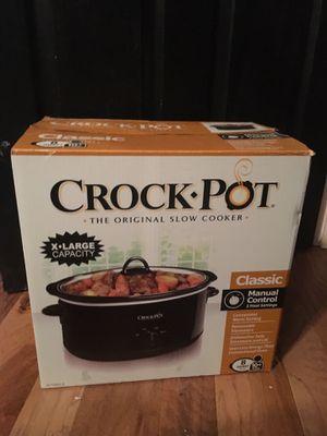 Crock pot 8 quart for Sale in Austin, TX