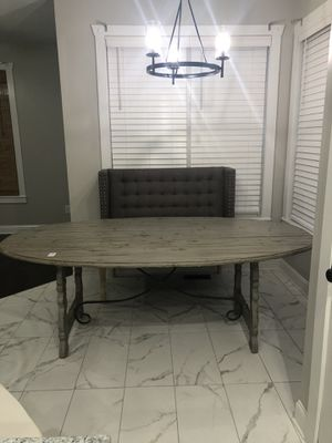Dinning table. $400.00 OBO for Sale in Mableton, GA