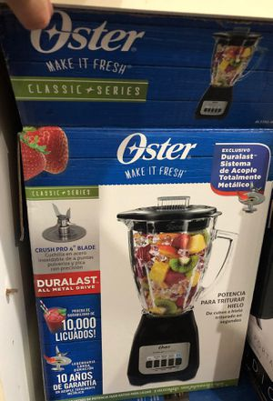 Oster Classic Series Blender for Sale in Sioux City, IA