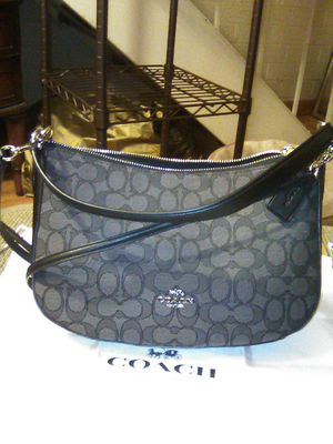 COACH 💕 MONOGRAM 🤩 for Sale in Citrus Heights, CA