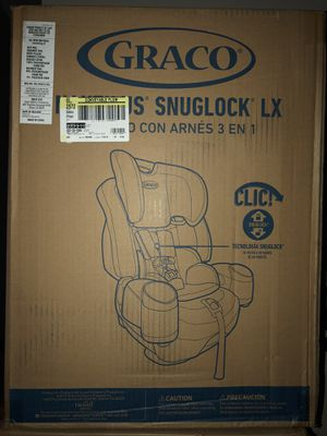 Graco Nautilus Snuglock LX 3 in 1 Convertible Car Seat for Sale in Pingree Grove, IL