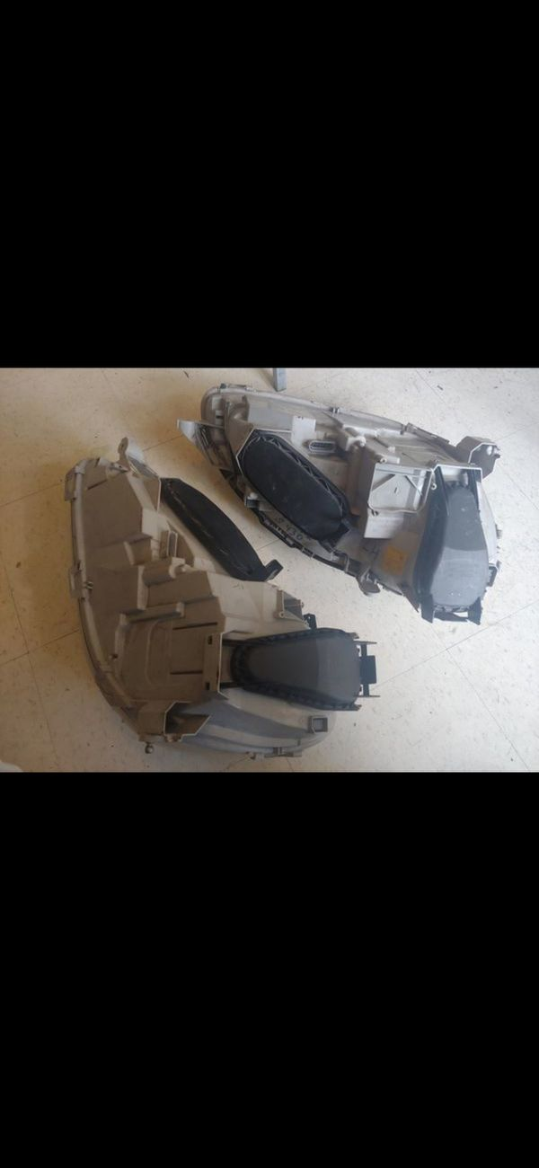 Mercedes S Class headlights driver and passenger sides