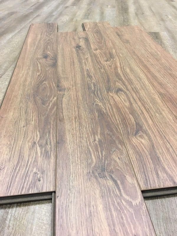 Water Resistant Premium Laminate Flooring 12mm Calypso