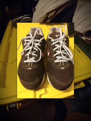Nike Max Air Brown/Pink Rolling Rail Health Walker Shoes Size 9 for Sale in Denver, CO