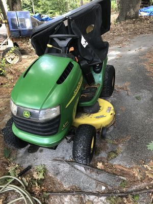John Deer lawn tractor for Sale in Marlborough, MA