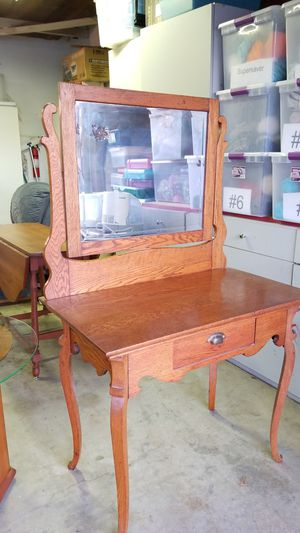 Antique Oak Dressing Table for Sale in Placentia, CA