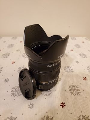 SIGMA DC 18-50mm f/2.8-4.5 HSM (for Canon EF mount) for Sale in Brooklyn, NY
