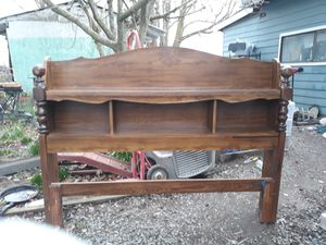 Head board for queen size bed in good condition for Sale in Burlington, WA