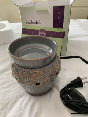 Scentsy warmer mid-size for Sale in Grand Terrace, CA