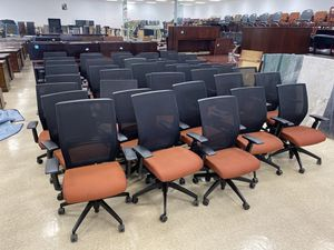 (20) Office Mesh back Office Chairs made in the USA for Sale in Columbus, OH