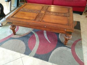 Coffee table and two end tables for Sale in Hollywood, FL