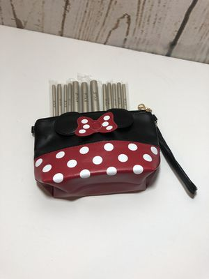 Minnie Mouse Makeup Bag/Clutch & Makeup Brush Set for Sale in Fall River, MA
