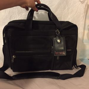 TUMI ALPHA T-PASS BRIEFCASE for Sale in New York, NY