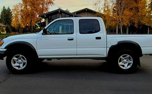 For sale.Toyota Tacoma 2002 Truck /4wdWheels for Sale in Portland, OR