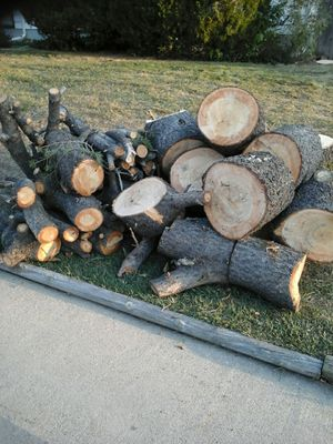 pine tree firewood already blocked for Sale in Lakewood, CO